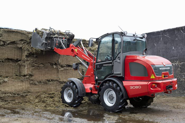 Weidemann wheel loader 3080 application with silage grapple