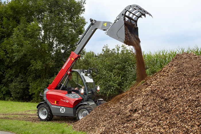 Weidemann telehandler T4108 with power grab bucket application