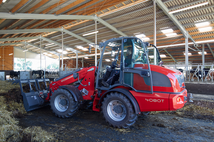 Weidemann telescopic wheel loader 4080T with fork and grab application 2