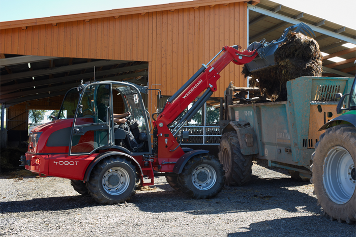 Weidemann telescopic wheel loader 4080T with fork and grab application 1